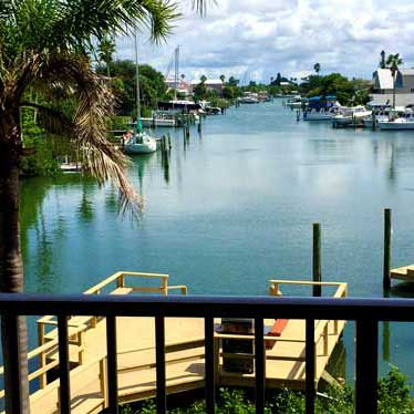 An example of the gorgeous Madeira Beach scenery at Weight Crafters residential weight loss retreat for adults.